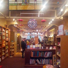 Photo taken at Crazy Wisdom Bookstore & Tea Room by Min Gyu K. on 12/20/2012