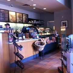 Photo taken at Starbucks by Gabriel G. on 1/19/2013