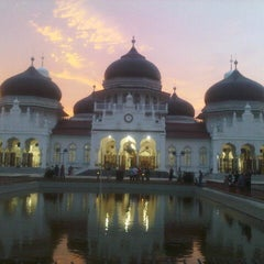 Photo taken at Masjid Raya Baiturrahman by niza a. on 12/7/2012