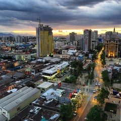 Photo taken at Parque Sacramentinos by Alejandro Rodolfo C. on 10/24/2015