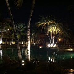Photo taken at Loews Miami Beach Pool by @RalphPaglia #. on 3/20/2011