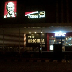 Photo taken at KFC by Roland Pasky Selanno on 10/26/2012