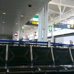 Photo taken at Concourse A by Ergunturk V. on 11/9/2012