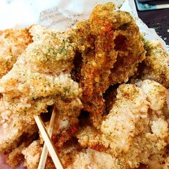 Photo taken at Shihlin Taiwan Street Snacks by Sensen E. on 6/14/2014