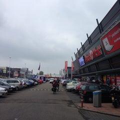 Photo taken at Media Markt by Hessel v. on 4/27/2014