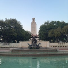 Photo taken at The University of Texas at Austin by jewa l. on 3/18/2013