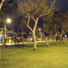 Photo taken at Parque Gonzales Prada by Dannek D. on 1/4/2015