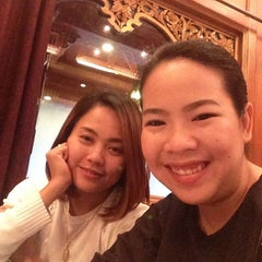 Photo taken at The Empress Hotel & Convention Centre by สราลี แ. on 8/28/2015