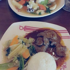 Photo taken at Solaria by Vhiie M. on 5/8/2014