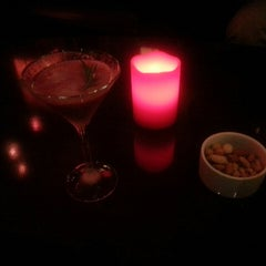 Photo taken at 바 루즈 (Bar Rouge) by Youn K. on 3/13/2015