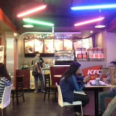 Photo taken at KFC / KFC Coffee by Des K. on 12/29/2012
