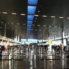 Photo taken at Aeropuerto Internacional El Dorado (BOG) by Germán G. on 1/7/2013