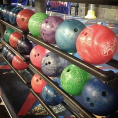 Photo taken at Diversey River Bowl by Kevin F. on 11/2/2012