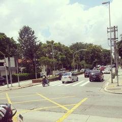 Photo taken at Avenida Brasil by Elvis F. on 2/1/2013