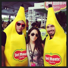 Photo taken at Food Network South Beach Wine & Food Festival by Maria de Jesus C. on 2/24/2013