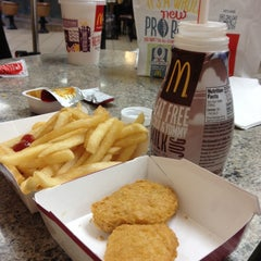 Photo taken at McDonald's by Ilie K. on 11/10/2013