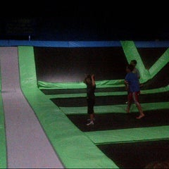 Photo taken at Bounce Trampoline Sports by Steve B. on 7/27/2014