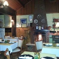 Photo taken at Restaurante Pucci by Adriane R. on 9/23/2012