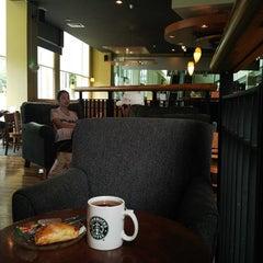 Photo taken at Starbucks by Tulus on 5/11/2013