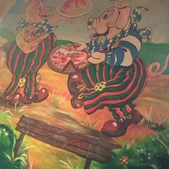 Photo taken at La Porchetta Pollo Bar by Lili B. on 12/2/2015