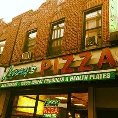 Photo taken at Lenny's Pizza by Scott H. on 5/25/2013