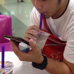 Photo taken at Chatime by Raven R. on 1/6/2016