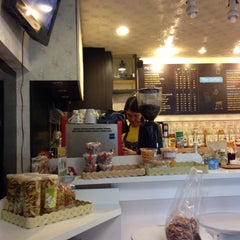 Photo taken at Play Coffee (เพลย์ คอฟฟี่) by Thoranin T. on 3/30/2015