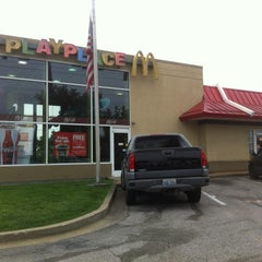 Photo taken at McDonald's by Wesley S. on 9/14/2012