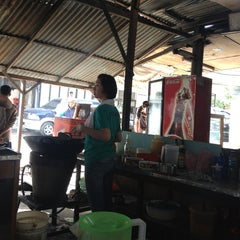 Photo taken at Mie Balap Jalan Darat by ruben on 4/12/2013