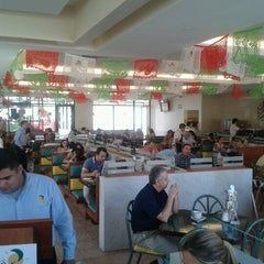 Photo taken at Los Bisquets Bisquets Obregón by Eduardo A. on 9/14/2012
