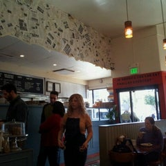 Photo taken at Wise Sons Jewish Delicatessen by Howard B. on 2/10/2013