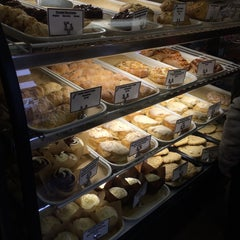 Photo taken at Phoenix Bakery by Ann Y. on 3/1/2015