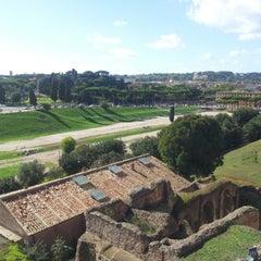 Photo taken at Circo Massimo by Eduardo S. on 10/16/2012