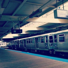 Photo taken at CTA - Merchandise Mart by t b m. on 8/11/2013