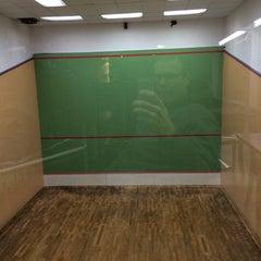 Photo taken at Sets Club Tennis & Squash by Marc B. on 3/5/2015