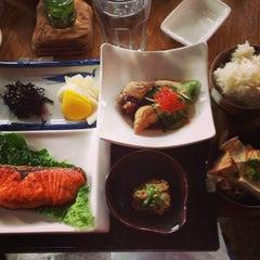Photo taken at Gen Restaurant by Farra T. on 11/3/2013