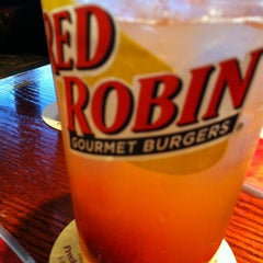 Photo taken at Red Robin Gourmet Burgers by Steph B. on 10/26/2012