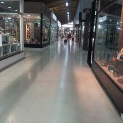 Photo taken at Shopping Território do Calçado by Helena D. on 3/16/2013
