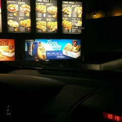 Photo taken at Taco Bell by Charles B. on 3/12/2013