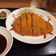 Photo taken at 宮本むなし 阪神西元町駅前店 by Motoi A. on 10/8/2013