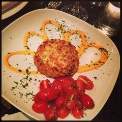 Photo taken at Slate Restaurant by Ashley M. on 11/21/2013