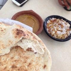 Photo taken at Abu Zaid Restaurant | مطعم أبو زيد by madani b. on 5/29/2014
