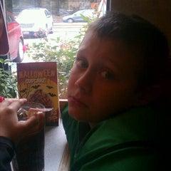 Photo taken at Eat'n Park by John H. on 10/15/2011