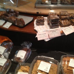 Photo taken at Firehook Bakery and Coffee House by Larry F. on 11/16/2012