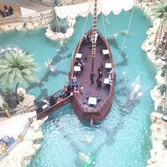 Photo taken at Al-Rashid Mega Mall | الراشد ميجا مول by Shatha M. on 3/22/2013