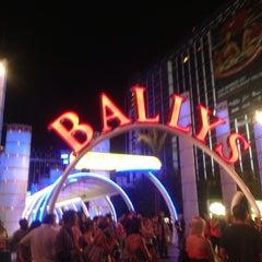 Photo taken at Bally's Hotel & Casino by Zoraida A. on 9/5/2013