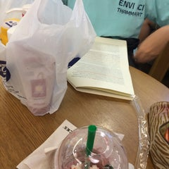 Photo taken at Starbucks (สตาร์บัคส์) by Supakarn B. on 5/22/2015