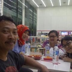 Photo taken at 7-Eleven by Sapta M. on 3/22/2014