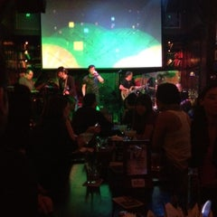Photo taken at Brickell Irish Pub by SINthia on 11/17/2012