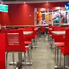 Photo taken at Burger King by Carlos R. on 11/3/2013